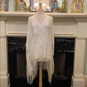Gorgeous Knox Rose embroidered linen fringed top